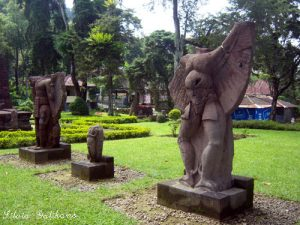 candi sukuh, sukuh temple indonesia