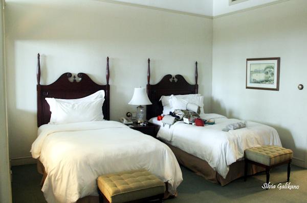 hotel majapahit, hotel oranje