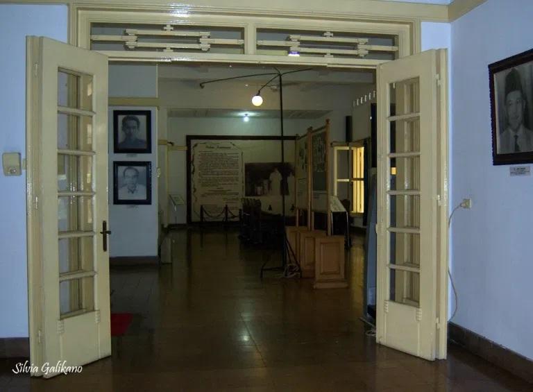Ruang-ruang di Museum Perumusan Naskah Proklamasi, 6 Januari 2010. (Foto Silvia Galikano)