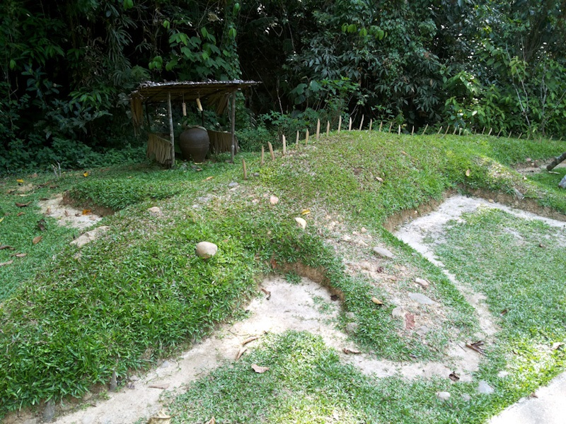 Pulung Buaye atau buaya tanah yang dibuat masyarakat Lundayeh, MariMari Cultural Village, 2015. (Foto Silvia Galikano)